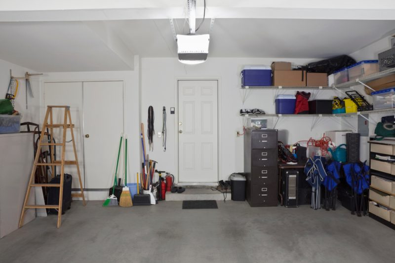 tips-to-declutter-shed-blog